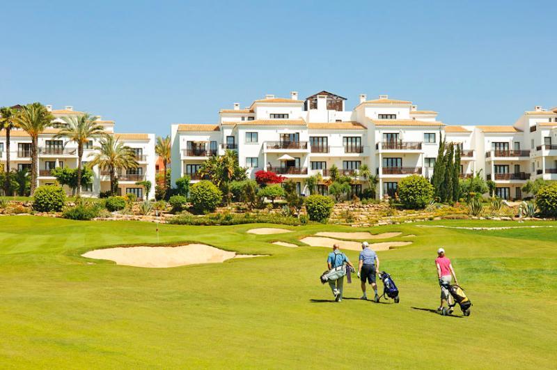 Pine Cliffs Golf Suite II - Image 1 - Albufeira - rentals