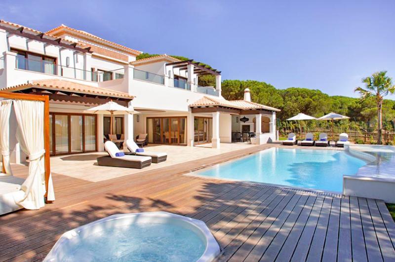 Pine Cliffs Deluxe Villa - Image 1 - Albufeira - rentals