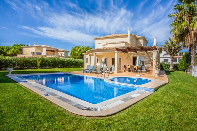 Casa Vila Sol - Image 1 - Algarve - rentals