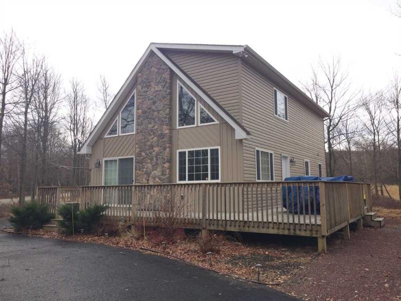 Exterior - Vacation Rental Chalet in Albrightsville - Albrightsville - rentals