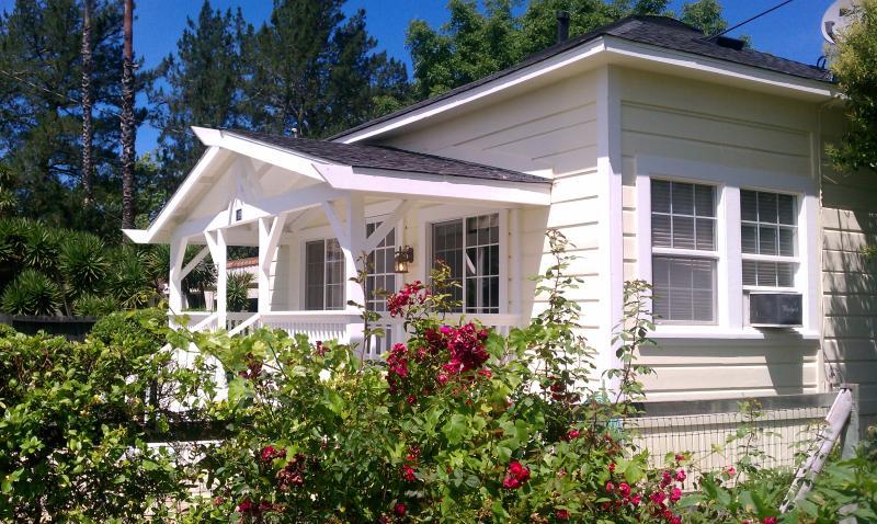 Wine Country Cottage - Image 1 - Healdsburg - rentals