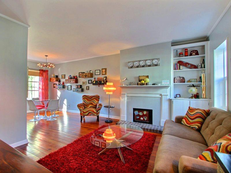 Fun and funky for the jet-set! Travel-themed but you`ll feel right at home! - Image 1 - Savannah - rentals