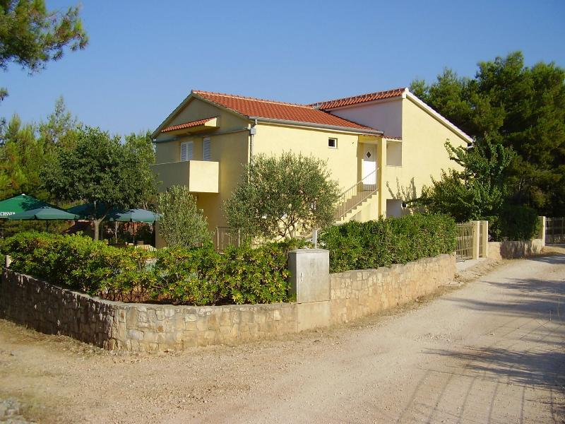 house - 4917  H(11+3) - Cove Osibova (Milna) - Cove Osibova (Milna) - rentals