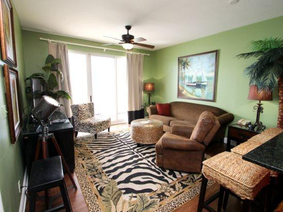 Lavish 1 bedroom at Calypso Resort has FREE BEACH CHAIR SERVICE in Gulf Front Condo - Across from Pier Park! - Image 1 - Panama City Beach - rentals
