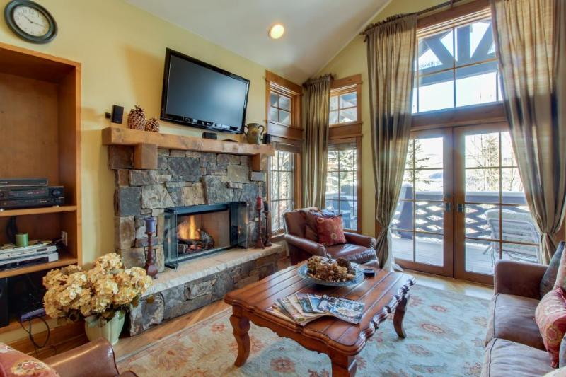 Slopeside penthouse w/pool, hot tub, & ski-out access! - Image 1 - Beaver Creek - rentals