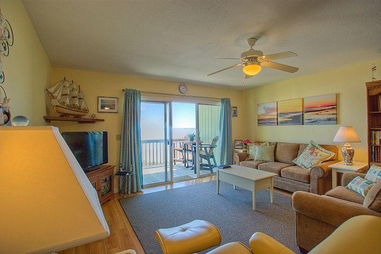 Living Area - Surf Condo 113 - Majestic Ocean View, Delightful Decor, Pool, Beach Access - Surf City - rentals