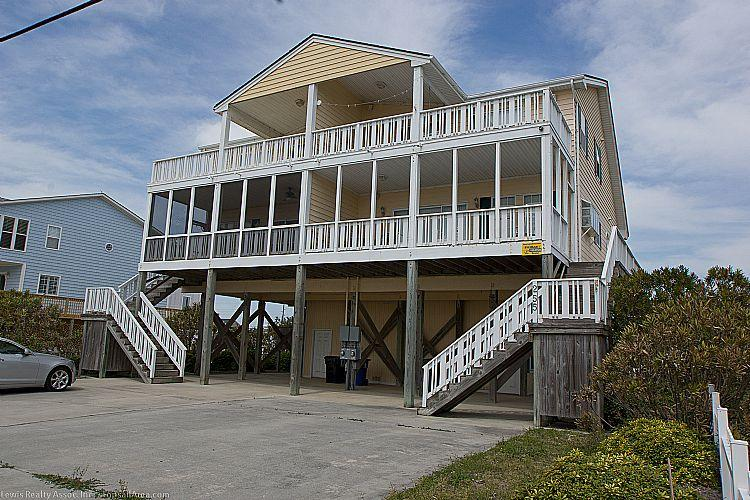 Exterior - After Dune Delight - Ocean View, Near Beach Access, Pet Friendly, Fenced Yard - North Topsail Beach - rentals