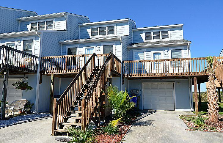 Exterior Front - 41 Bermuda Landing - SAVE UP TO $100!! Community Pool & Pier. - North Topsail Beach - rentals