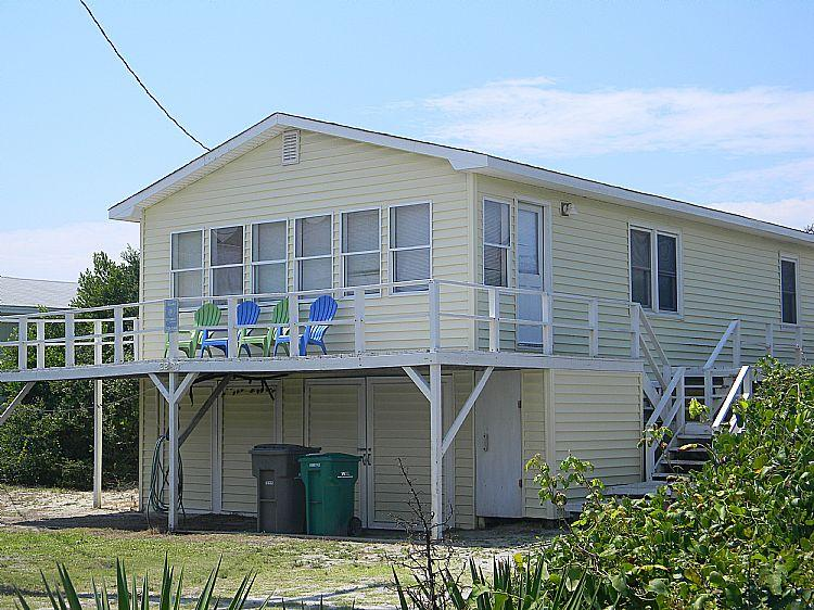 Exterior - Banana Peeler -  Adorable Cottage, Pet Friendly, Near Ocean - Surf City - rentals