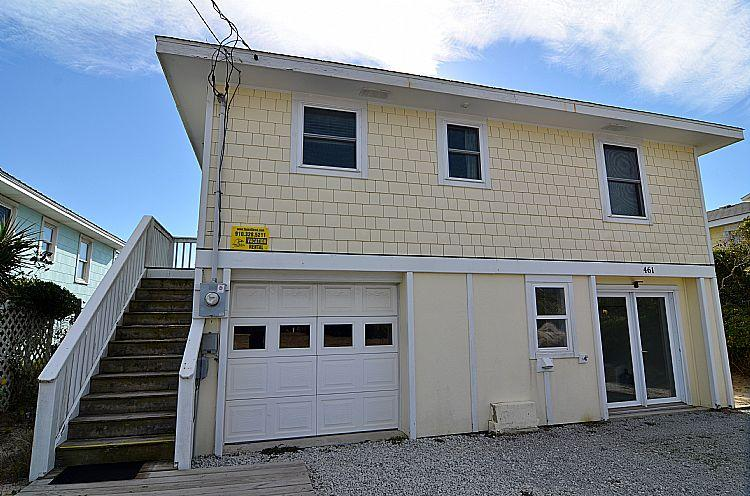 Street Side Exterior - Lost Reality - Captivating Oceanfront View, Fantastic Location, Pet Friendly - Topsail Beach - rentals
