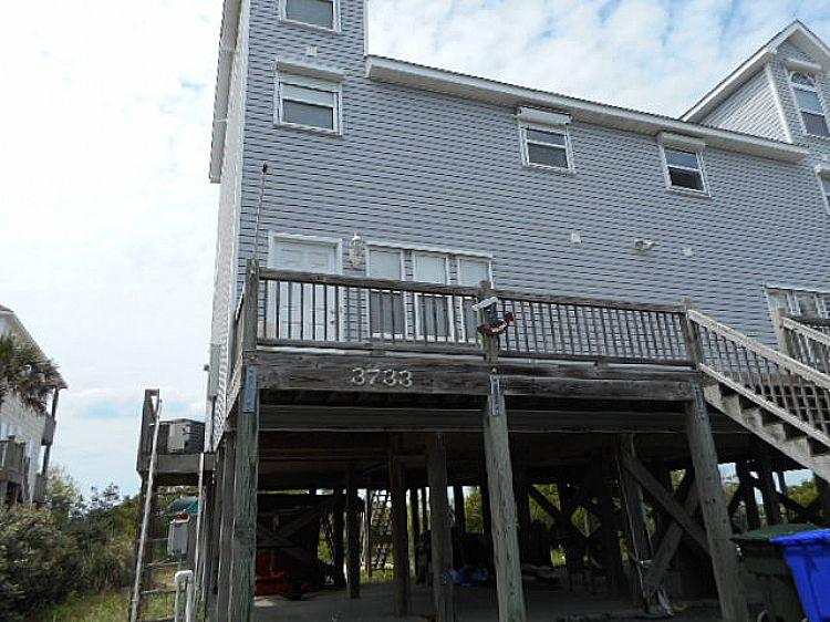 Exterior - Isle Be Seaing You - Scenic Water Views, Dock, Near Ocean - North Topsail Beach - rentals
