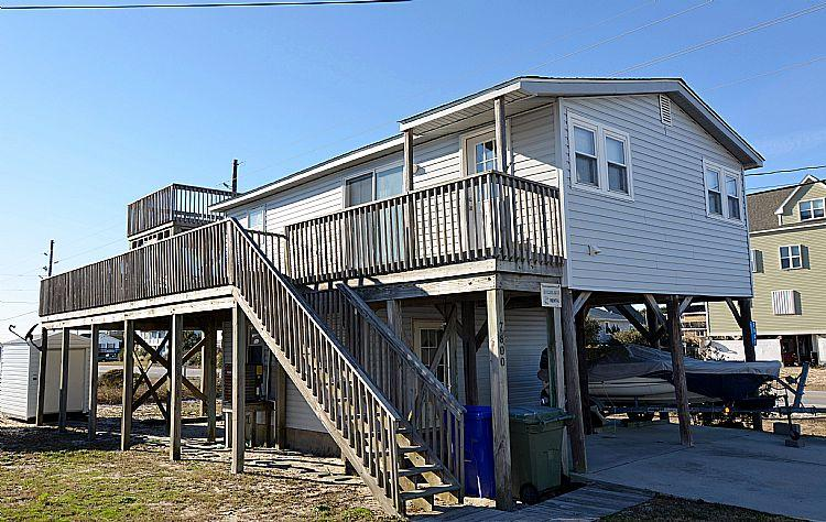 Exterior - Langley's Place - Excellent Ocean View, Screened Porch, Sun Deck, Pet Friendly - North Topsail Beach - rentals