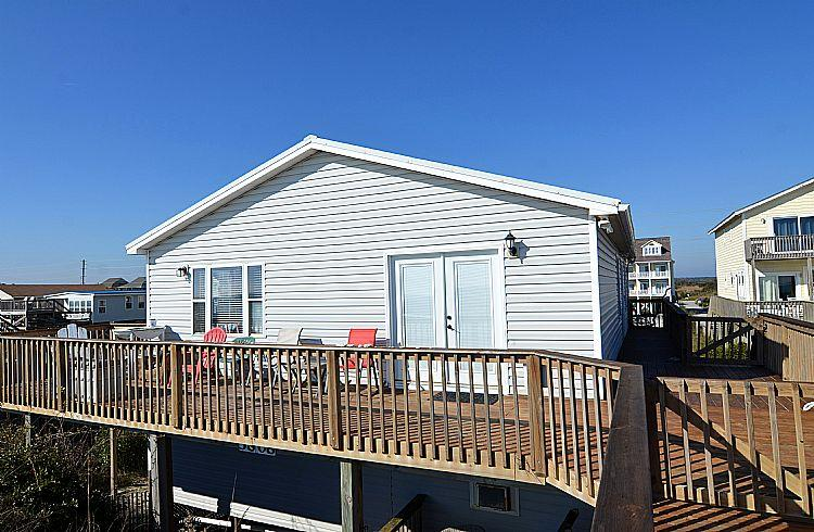 Exterior Rear - Beach Retreat - Magnificent View, Stylish Decor, Pet Friendly, Oceanfront Access - North Topsail Beach - rentals