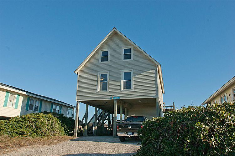 Front Exterior - Perfect Prescription - Outstanding Oceanfront View, Traditional Beach Aesthetic - Surf City - rentals