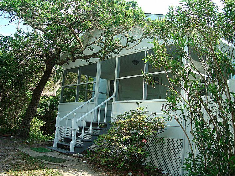 Exterior - Ankers Away - SUMMER SAVINGS UP TO $120!! Charming Cottage, Pet Friendly, Near Ocean - Surf City - rentals