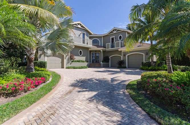 Front view 2 - House in Aqualane Shores - Naples - rentals