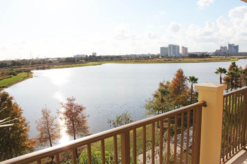 Villa Sogna Vista Cay Lakefront/Penthouse Condo O - Image 1 - Orlando - rentals