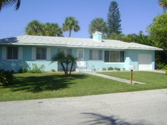 Sand Dollar- 208 76th St, Holmes Beach - Image 1 - Anna Maria - rentals
