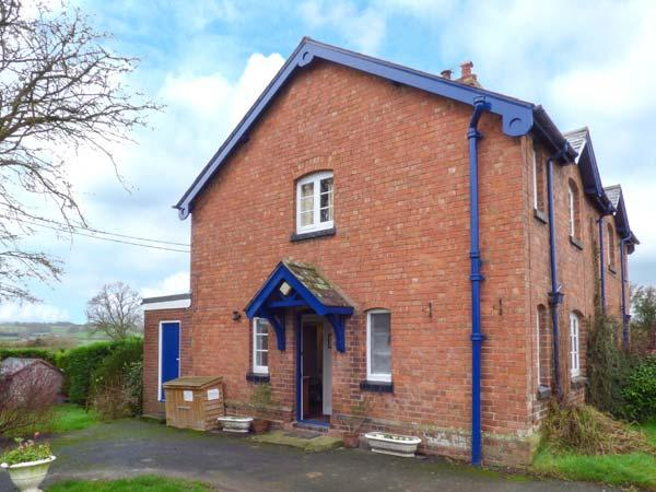 EUDON BURNELL COTTAGE, pet-friendly character cottage with WiFi and woodburner, lawned garden, near Bridgnorth Ref 22221 - Image 1 - Bridgnorth - rentals