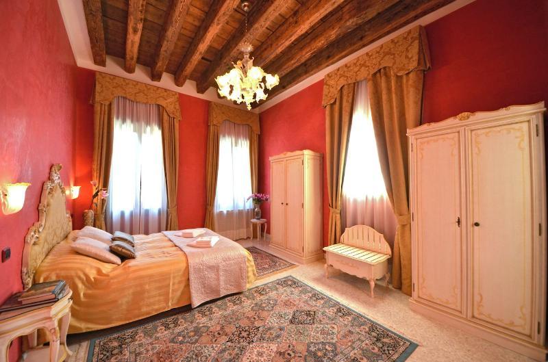 Cà Panada apartment master bedroom - Cà Panada - Venice - rentals