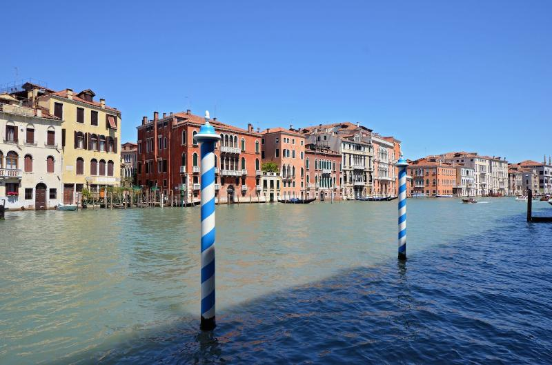 View from the living room and entrance of the Doge apartment, San Marco, Venice - Doge - Venice - rentals