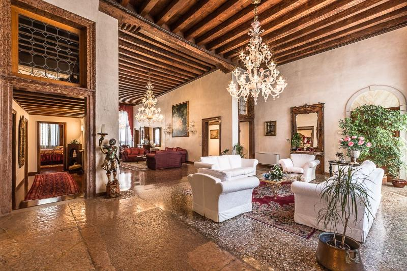 as soon as you enter the huge living room opens in front of you - Tiziano - Venice - rentals