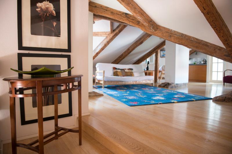 San Polo Romantic Loft in the Heart of Venice - Image 1 - Venice - rentals