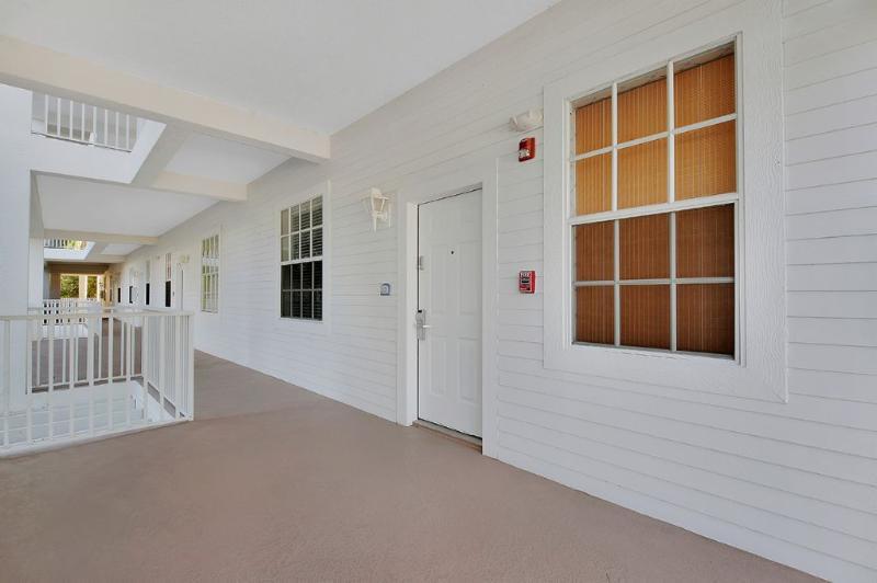 Entrance - Old Marco Inn - Marco Island - rentals