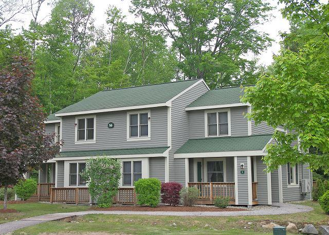 Exterior of Unit - F0037- Managed by Loon Reservation Service - NH Meals & Rooms Lic# 056365 - Lincoln - rentals
