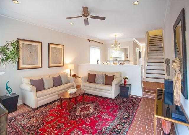 Welcome to State House! - Large home with parking in the heart of downtown - Savannah - rentals