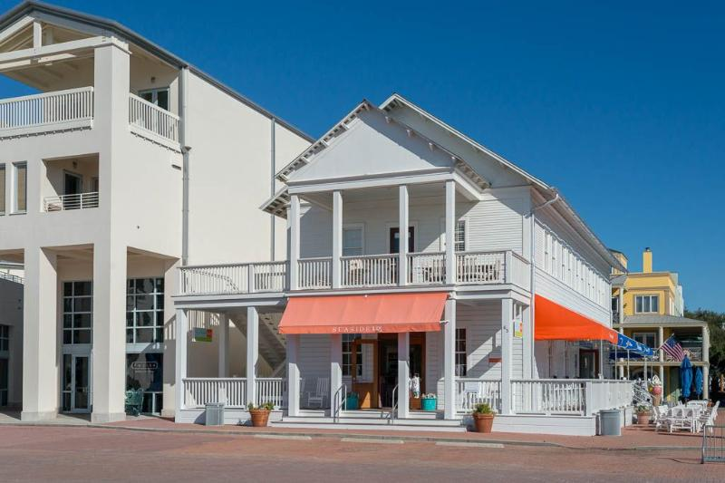 Center Stage - Sophisticated Seaside Apartment - Center Stage - Seaside - rentals