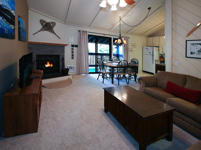 Living Room and Dining Room - Sherwin Villas - SV48E - Mammoth Lakes - rentals