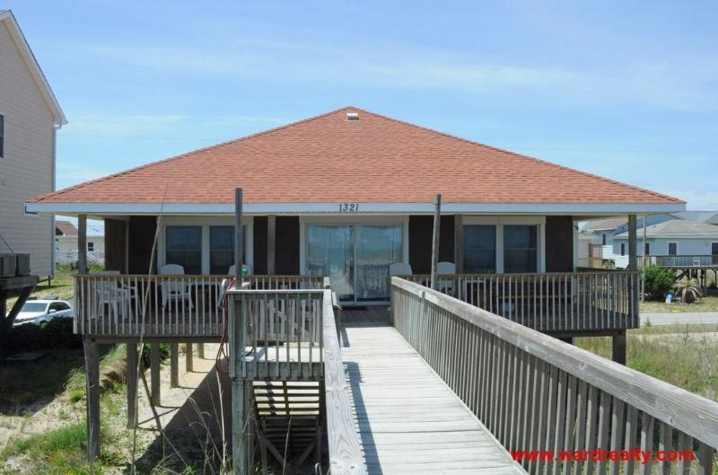 Oceanfront Exterior - Jones' Home Port - Topsail Beach - rentals
