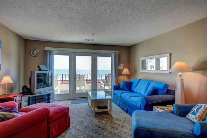 Living Room - Villa Capriani 301-B Oceanfront | 3 Pools, Largest Pool on NC Coast, 2 Hot Tubs, Grill Area, Tennis Courts, Restaurant, Internet - North Topsail Beach - rentals