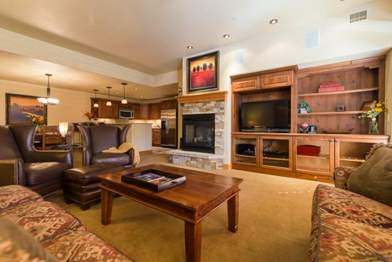 Living Room - Bear Lodge 6104 - 6104 Bear Lodge, Trappeurs - Steamboat Springs - rentals