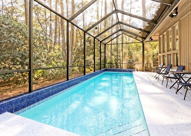 Pool Area - Forest Drive 14, 3 Bedroom, Screened in Pool,  Sleeps 8 - Hilton Head - rentals