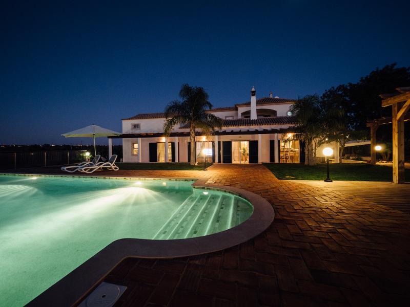 Beautiful Quinta, swimming pool & 3600m2 garden. - Image 1 - Guia - rentals