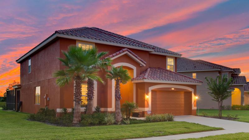 Solterra Villa - *SOLTERRA VILLA - beautiful lakeside villa w/pool* - Davenport - rentals