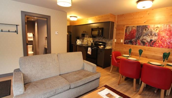 This newly-renovated condo has stylish mountain decor and beautiful hardwood floors - Banff Rocky Mountain Resort Updated 2 Bedroom Wolf Condo - Banff - rentals
