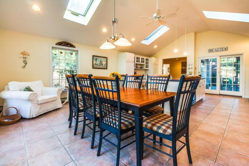 Family home with a gourmet kitchen & tons of nearby beaches! - Image 1 - Dennis - rentals