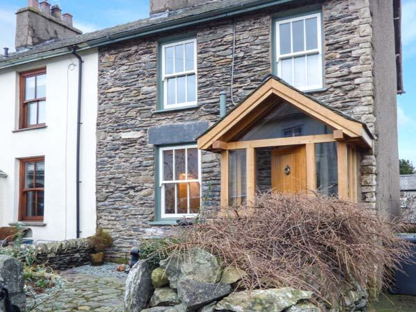 SPRINGFIELD well-equipped, woodburning stove, WiFi, garden pet friendly in Staveley Ref 926646 - Image 1 - Staveley - rentals