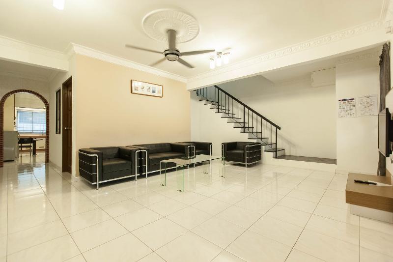 Living Room - Leisure Home Stay - Gemilang unit - Kuala Lumpur - rentals
