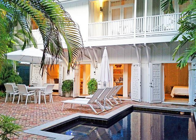 Cloud 9: Private Pool, Prime Location, 5-Star Luxury, Parking - Image 1 - Key West - rentals