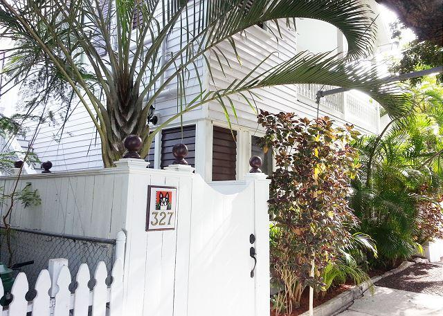 The Studio at the Sailmaker`s House: Sleeps 2 -Historic Old Town and Seaport - Image 1 - Key West - rentals