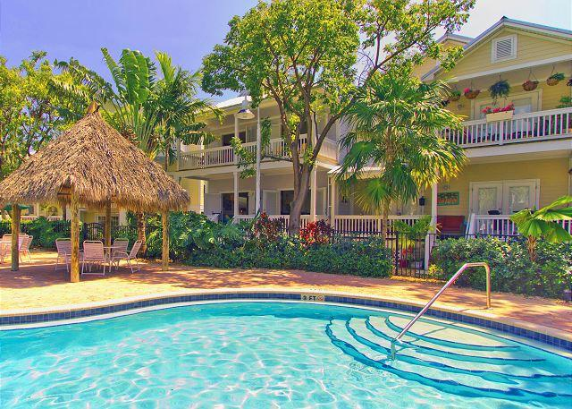 Island Days: Parking and Pool - Fishing, Boating, Golfing, Dining, Shopping! - Image 1 - Key West - rentals
