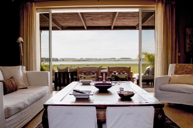 Beautiful 4 Bedroom Countryside Home at José Ignacio countryside a few kilometers from the beach - Image 1 - Jose Ignacio - rentals