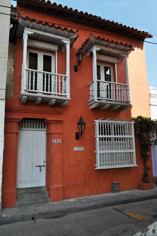 Cozy 4 Bedroom House In Getsemani - Image 1 - Cartagena - rentals