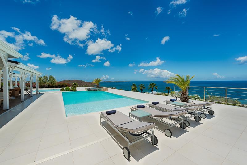 Ideal for Couples & Groups, Heated Pool, Short Walk to Beach, Contemporary Villa - Image 1 - La Savane - rentals