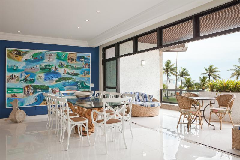 Pristine 4 Bedroom Apartment in Barra da Tijuca - Image 1 - Rio de Janeiro - rentals
