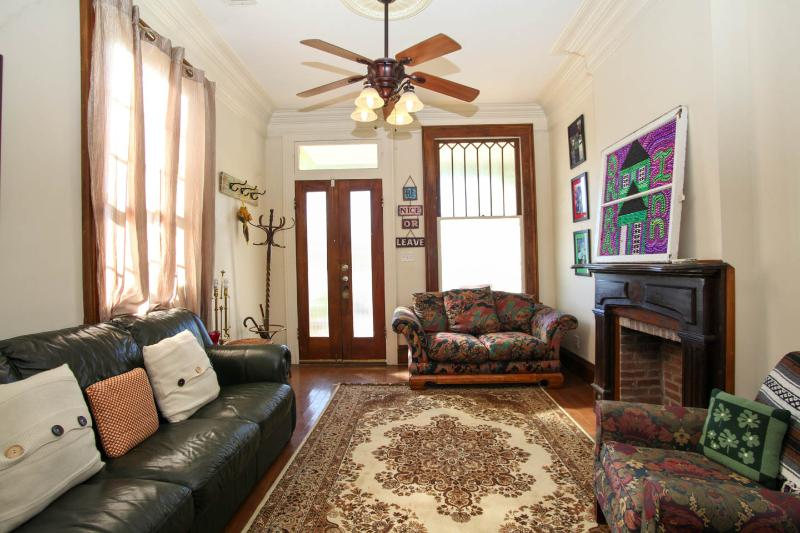 The Okra Inn, A Historic Mid City Home with Charm! - Image 1 - New Orleans - rentals